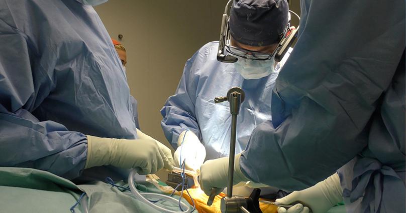Αρθροπλαστική γόνατος με σύγχρονο σύστημα «επαυξημένης πραγματικότητας»