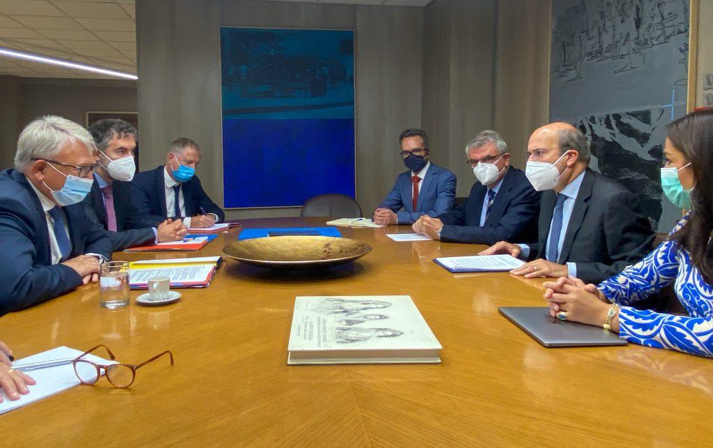 Συνάντηση Κωστή Χατζηδάκη με τον Επίτροπο Απασχόλησης και Κοινωνικών Δικαιωμάτων Nicolas Schmit