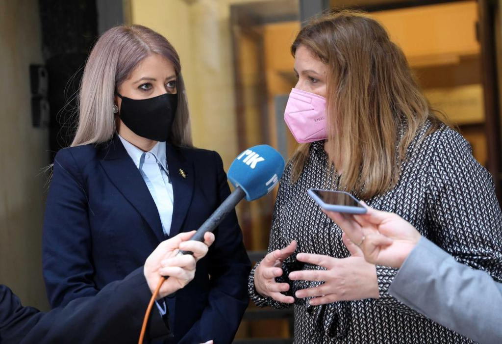 Η Πρόεδρος της Βουλής των Αντιπροσώπων της Κυπριακής Δημοκρατίας Αννίτα Δημητρίου στο Συμβουλευτικό Κέντρο Αθήνας με την υφυπουργό Εργασίας και Κοινωνικών Υποθέσεων, Μαρία Συρεγγέλα