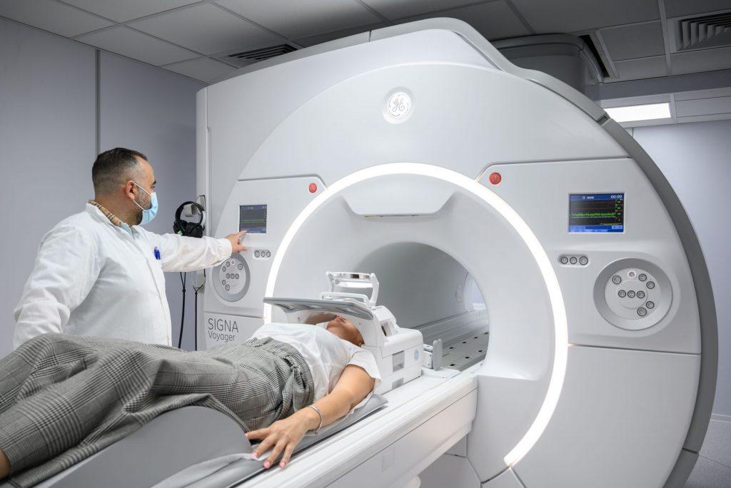 ΒΙΟΙΑΤΡΙΚΗ και GE Healthcare φέρνουν στην Ελλάδα τον πρώτο μαγνητικό τομογράφο 1.5T με τεχνολογία AIR™ και τεχνητή νοημοσύνη